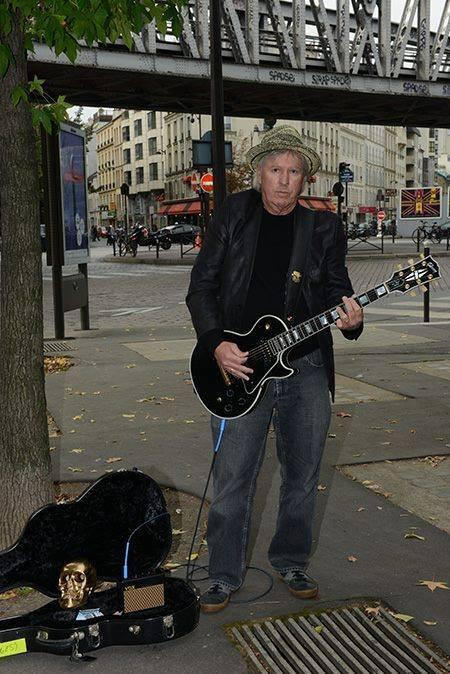 Jim Williamson busking